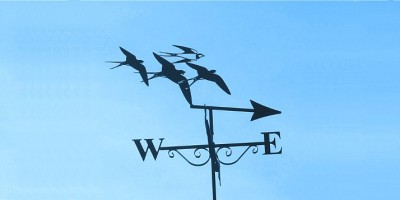 Weathervane points eastwards